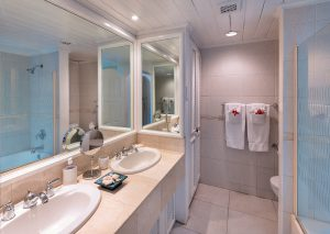 glitter-bay-305-barbados-rental-bathroom