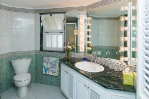 reeds-house-9-barbados-villa-rental-bathroom