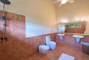 belle-view-villa-rental-barbados-bathroom