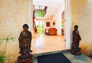 Reception area at Pandanus villa