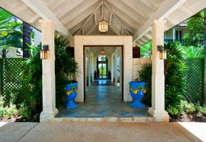 Entrance to Pandanus villa rental