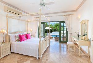 Sugar-Hill-Summer-House-bedroom