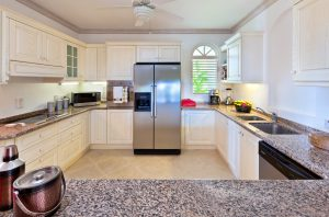 Sugar-Hill-Summer-House-kitchen