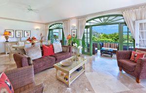 Sugar-Hill-Summer-House-livingroom