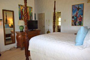 Wemsea-villa-rental-bedroom