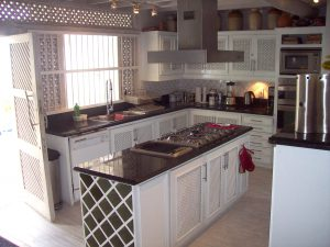 wemsea-villa-rental-Barbados-kitchen