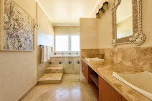 la-maison-michelle-villa-barbados-bathroom