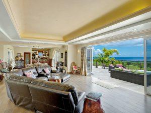la-maison-michelle-villa-barbados-livingroom
