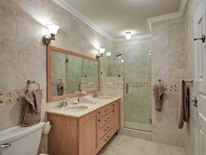 falls-barbados-vacation-rentals-master-bathroom