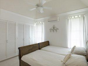 falls-villa-1-barbados-bed2