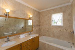 falls-villa-1-barbados-rental-bathroom