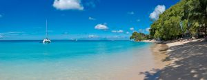 La-Lune-Villa-Barbados-gibbs-beach-day