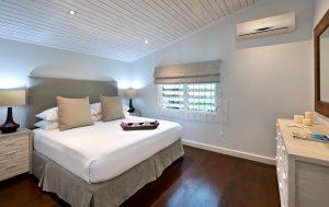 La-Lune-Villa-Barbados-masterbed