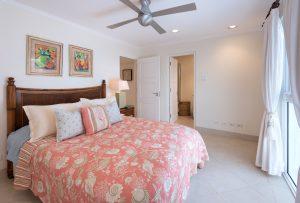 palm-beach-condos-302-bedroom3