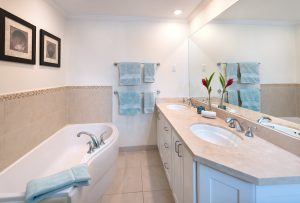 palm-beach-condos-302-masterbath
