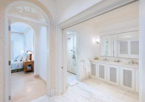 Hemingway-House-Barbados-villa-rental-bathroom3