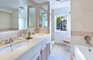 glitter-bay-409-barbados-vacation-rental-bath1