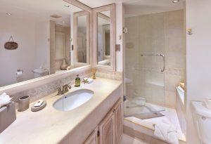 glitter-bay-409-barbados-vacation-rental-bath2