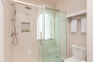 old-trees-bella-vista-barbados-bathroom