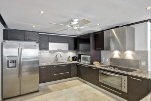 coral-cove-7-sunset-barbados-kitchen