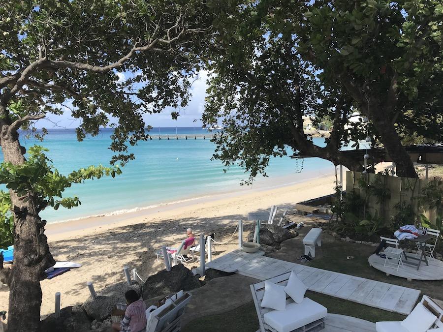 1-11-east-beach-bar-barbados