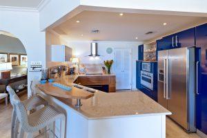 Schooner-Bay-204-Barbados-kitchen