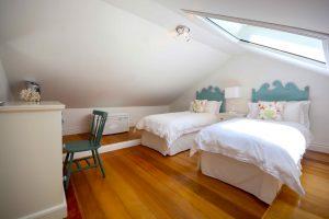 Blue-Waters-villa-Barbados-bedroom