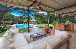 happy-trees-barbados-villa-patio