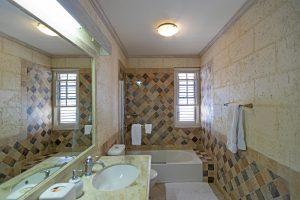 Radwood-Beach-House-2-bathroom-Barbados-vacation-rental