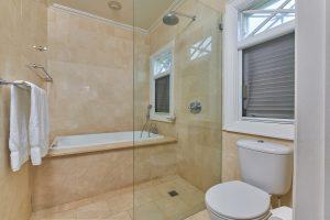 coral-breeze-villa-barbados-bathroom
