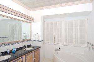fathoms-end-barbados-villa-rental-bathroom