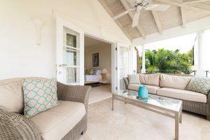 schooner-bay-303-barbados-rental-balcony