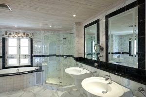 schooner-bay-307-barbados-rental-bathroom