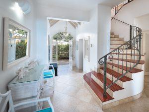 seashells-barbados-villa-rental-hallway
