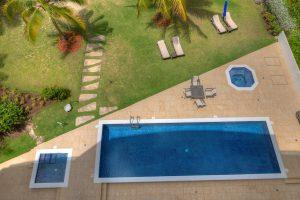 ocean-one-502-barbados-vacation-rental-pool