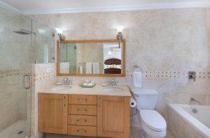 falls-townhouse-4-barbados-rental-bathroom